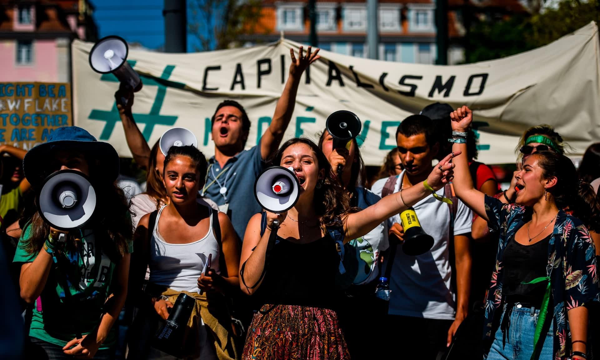 7 millió ember csatlakozott a globális tüntetések legújabb hullámához (frissítve)
