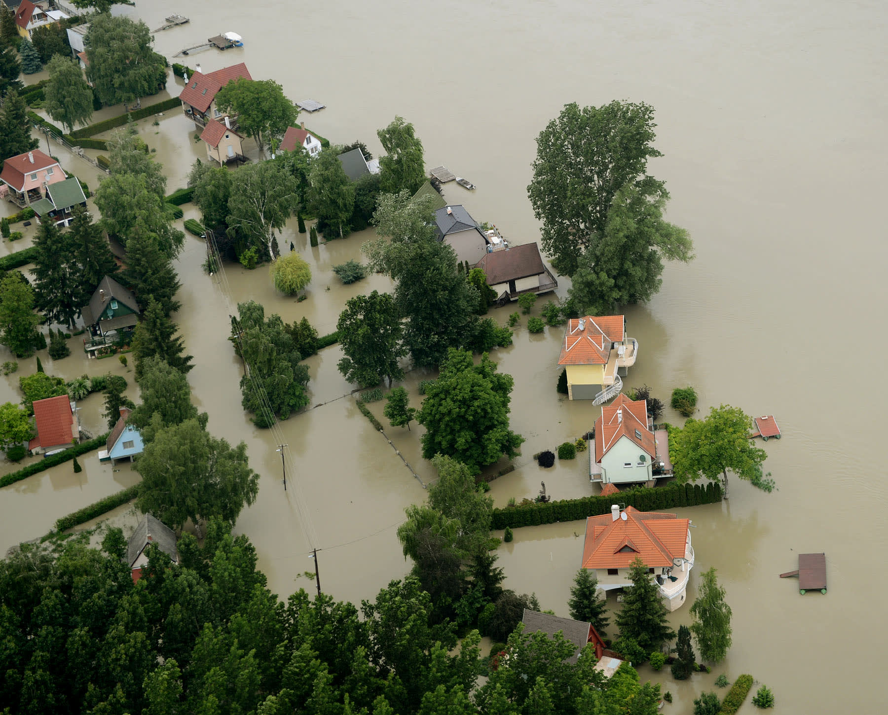 Dunai áradás 2013 - Fotó: H. Szabó Sándor/ORFK | Növekvő árvízi kockázatok | ClimeNews