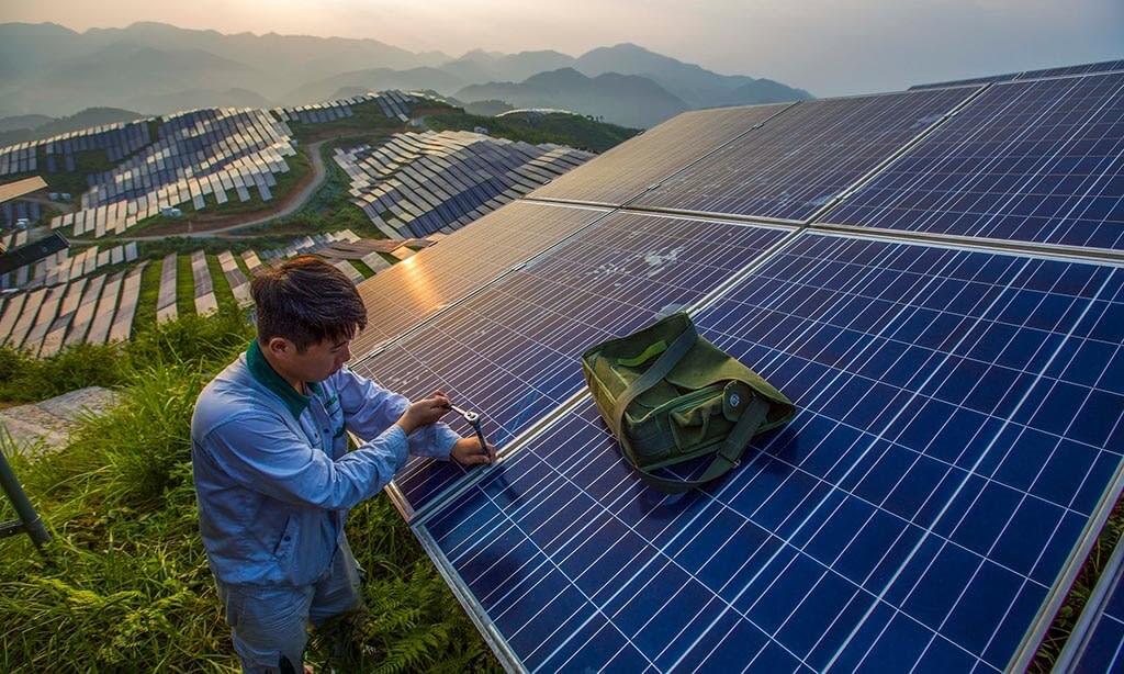 Megtriplázódhat a világ napenergia-termelése 2021-re előrejelzések szerint