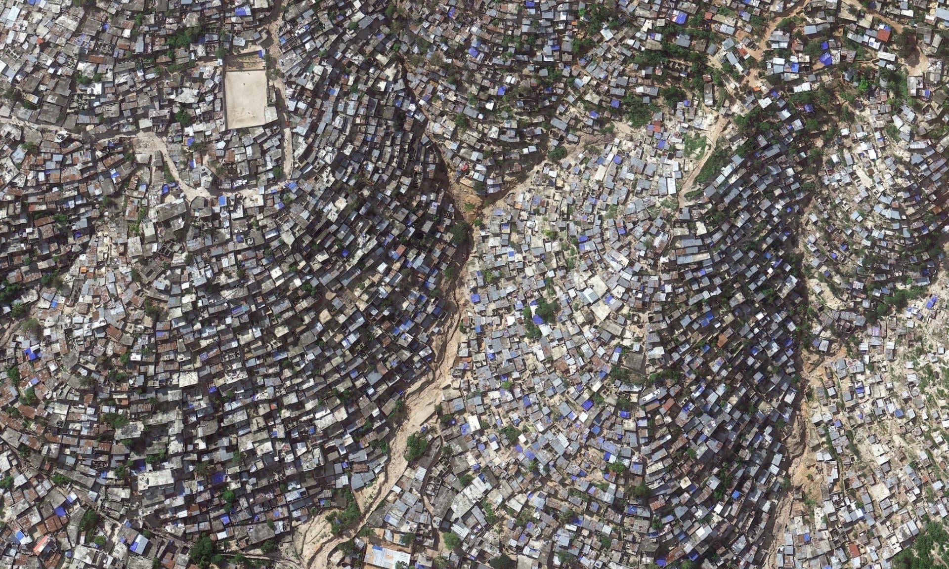 Nyomornegyed a hegyoldalban, fotó: Google Earth/2014 | ClimeNews