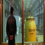 Buktak az atomerőművet építő kormányok