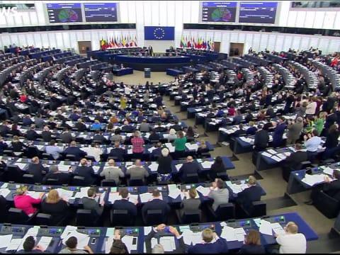 Éghajlati veszélyhelyzet, deklarálta az Európai Parlament   ClimeNews - Hírportál