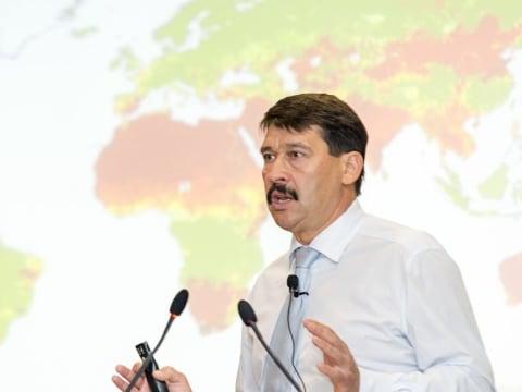 Áder János: Kíméletlen őszinteséggel a klímaváltozásról   ClimeNews - Hírportál