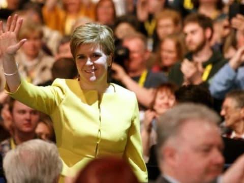 Nicola Sturgeon - Feleljünk meg a felelősségünknek a klímaváltozással kapcsolatban   ClimeNews - Hírportál