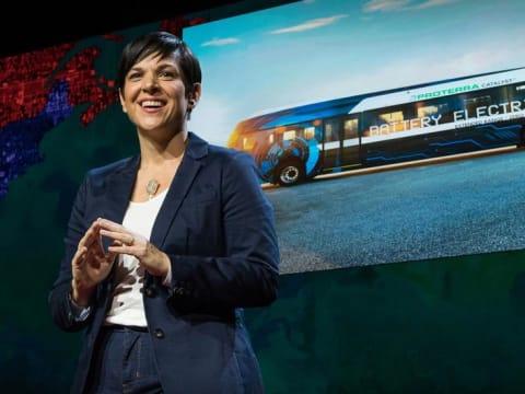 Monica Araya - Hogyan szabaduljunk meg a fosszilis tüzelőanyagoktól? - ClimeNews