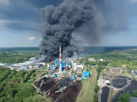 Zgierzben tavaly májusban is lángolt a hulladék   Lengyelországban végzi a német szemét   ClimeNews