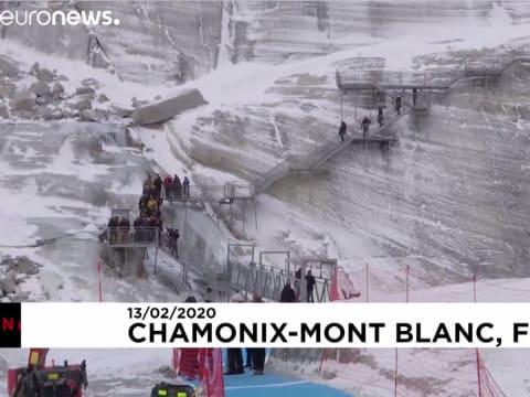 Macron síelni ment, de nem talált havat   ClimeNews
