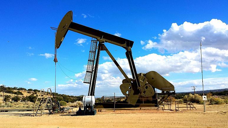 Ennek a 20 cégnek köszönhető a leginkább, hogy felforr a Föld | Kép: Fossil fuel producers are big emissions contributors. - Copyright JP26JP/Pixabay