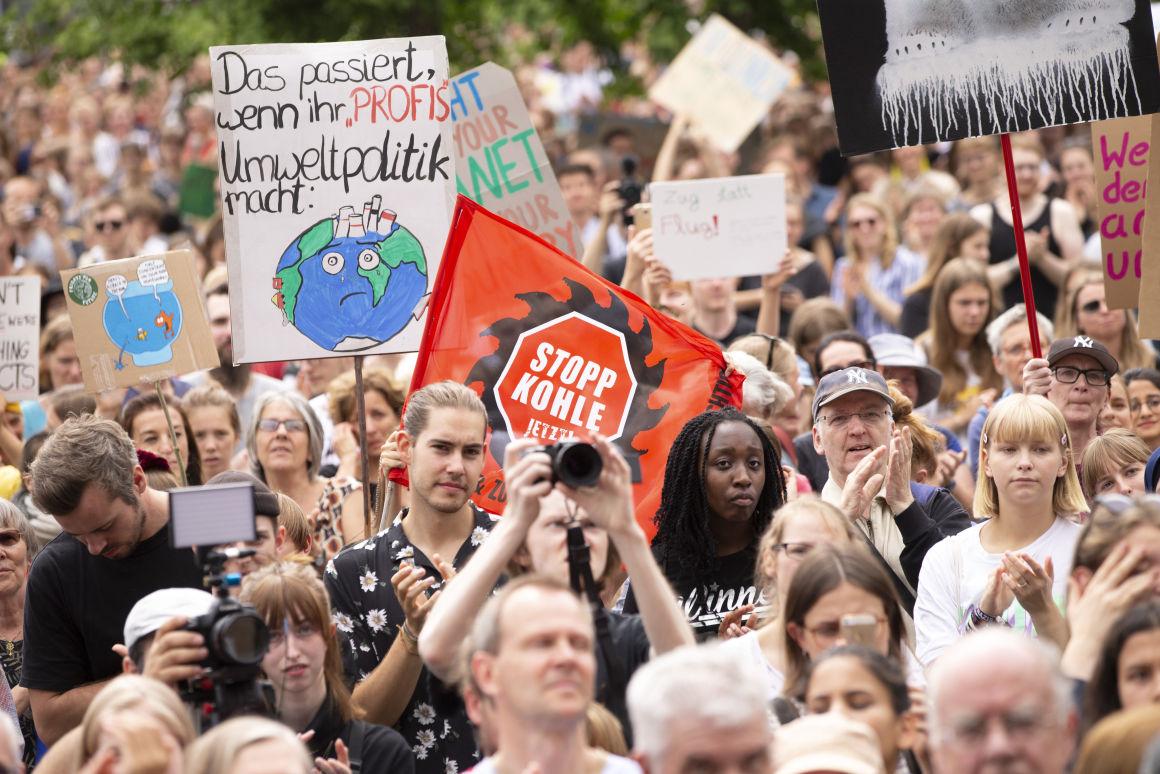 A kutatók is tömegesen állnak a klímasztrájkok mögé. | ClimeNews - Hírportál | Fotó: Emmanuele Contini/NurPhoto