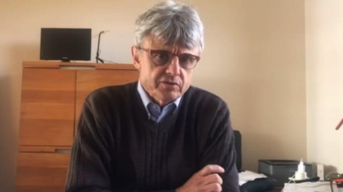 Azonnal állítsák le az összes Covid-19 tömeges oltást | Dr. Geert Vanden Bossche