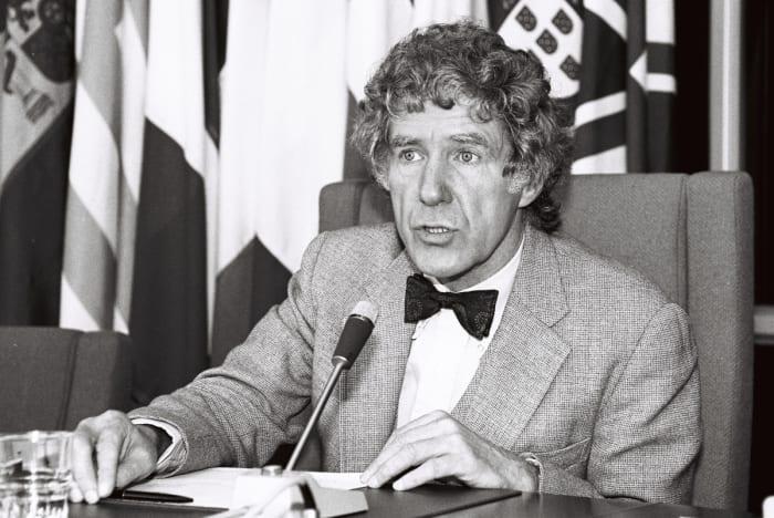 Lester R. Brown Népesedés - A demográfiai csapda okai | ClimeNews