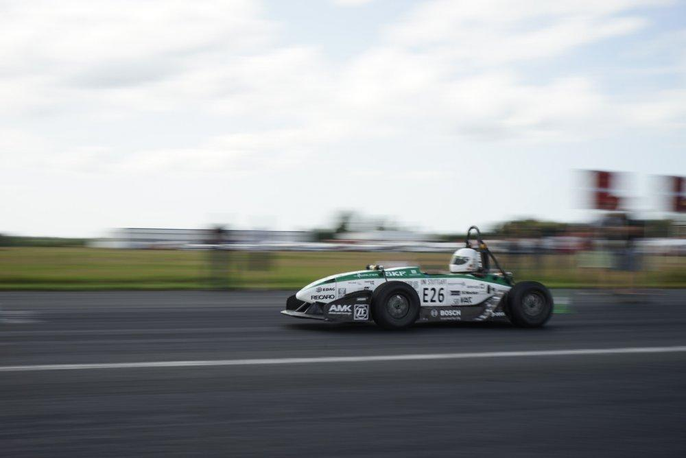 Német fiataloké a 0-100-as gyorsulás világrekordja