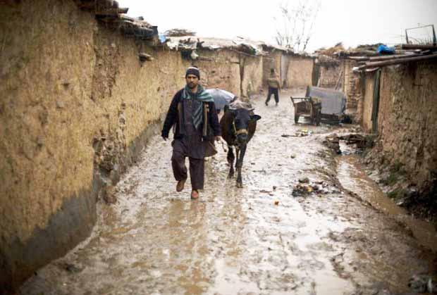 Pakisztán – Megsokasodtak és rengetegen mélyszegénységben!