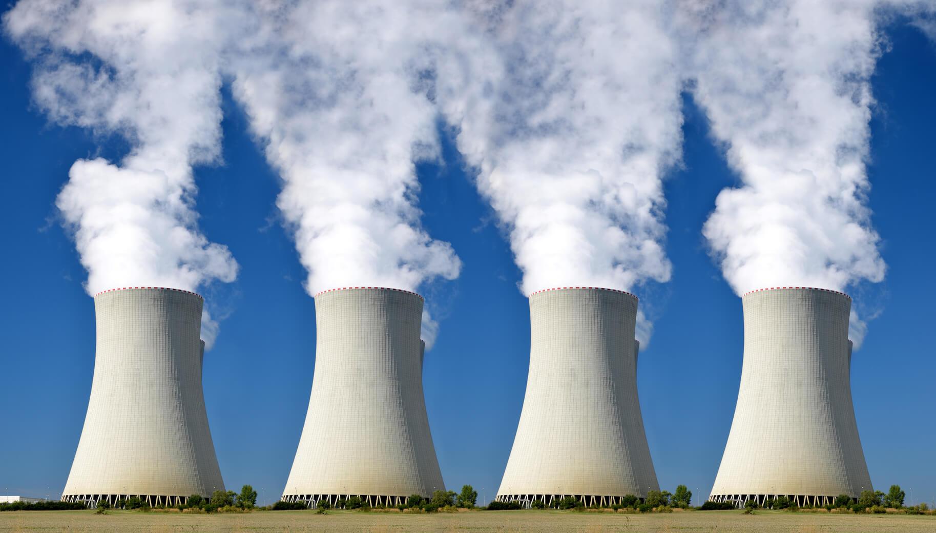 Varsóban jegelik az atomerőműépítést