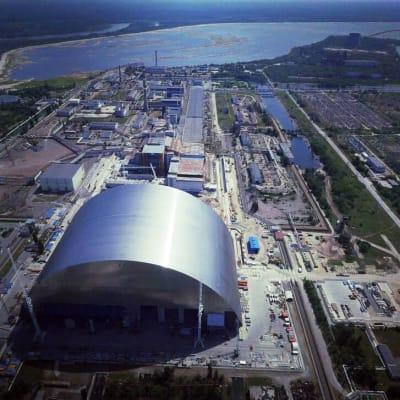 Helyére tolták a csernobili óriásszarkofágot - ClimeNews