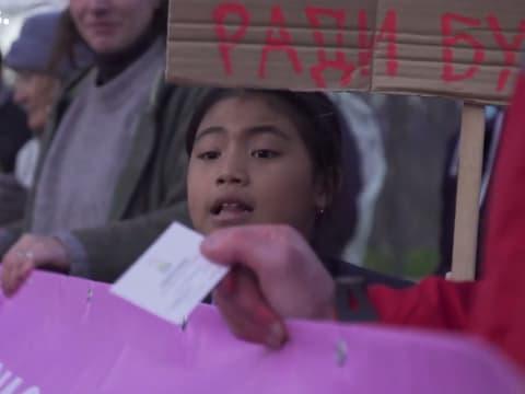 COP25 - 8 éves indiai gyerek tüntet Madridban | ClimeNews