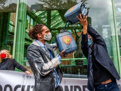 Történelmi perben a Shell olajvállalat Hágában | ClimeNews - Hírportál