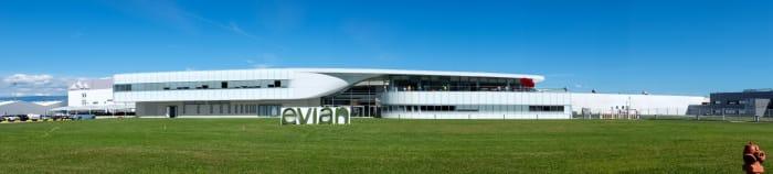 evian - Elkötelezettek vagyunk a fenntarthatóság érdekében   ClimeNews