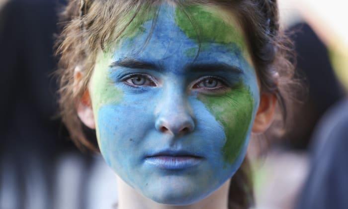 Klíma tüntető Wellingtonban. Új-Zéland lakosságának több mint 3,5% -a csatlakozott a pénteki tüntetésekhez. Fénykép: Hagen Hopkins / Getty Images