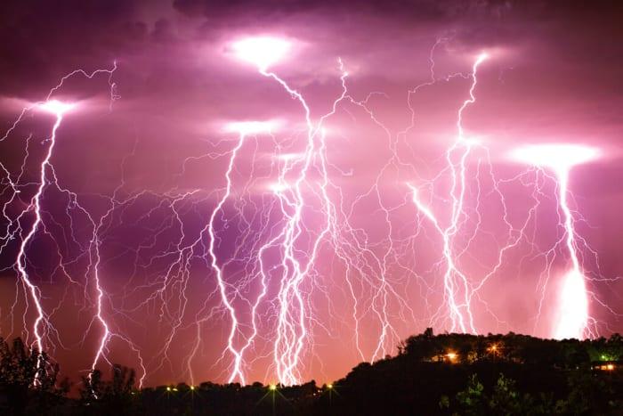 A villám a természe egyik leglátávnyosabb jelensége Forrás: Allan Burch - ClimeNews