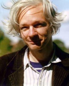 Julian Assange (sz. 1971)   ausztrál újságíró, a WikiLeaks alapítója