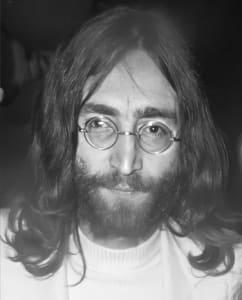 John Lennon (1940-1980)   brit zenész és békeaktivista