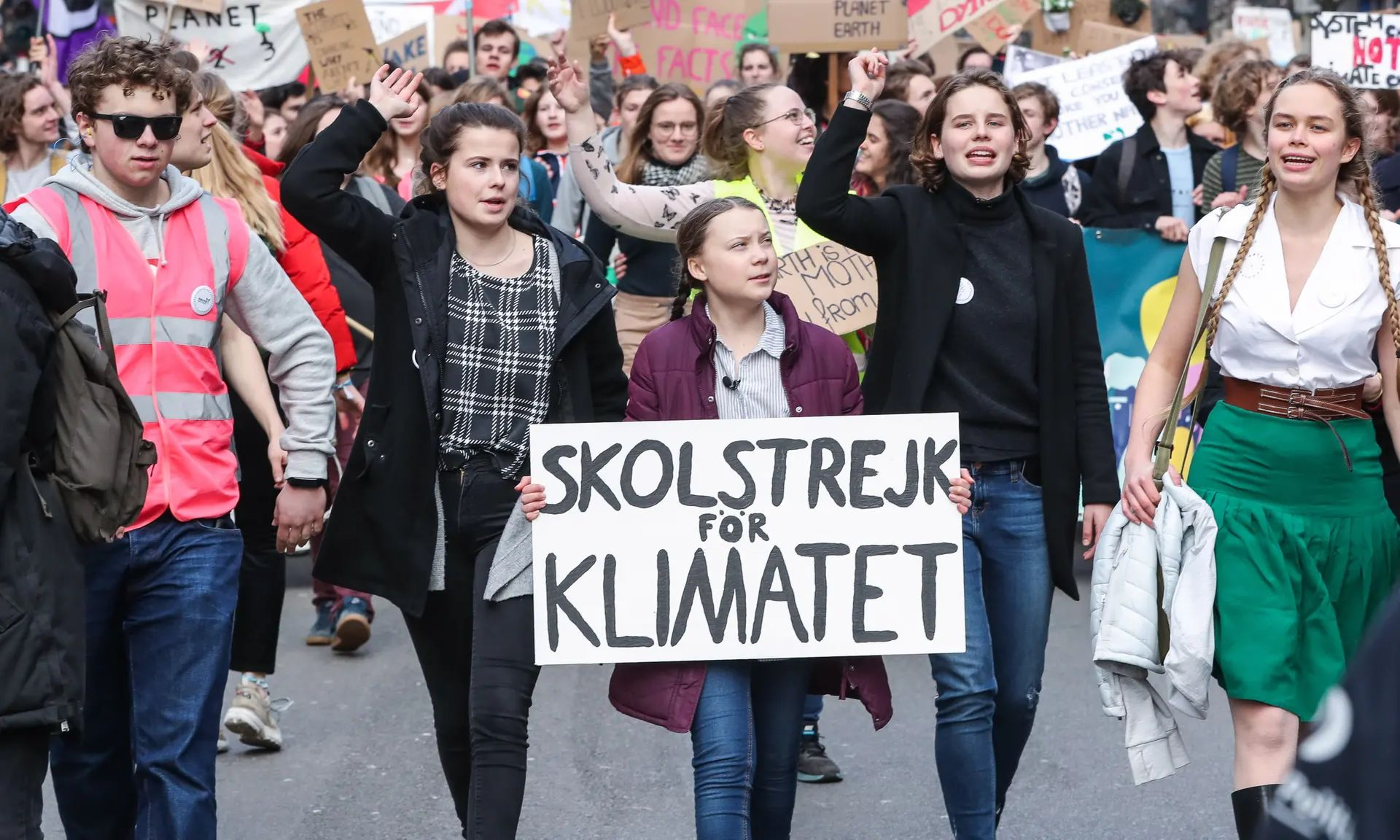 Greta Thunberg with Belgian students in Brussels on Thursday. Photograph: Stéphanie Lecocq/EPA