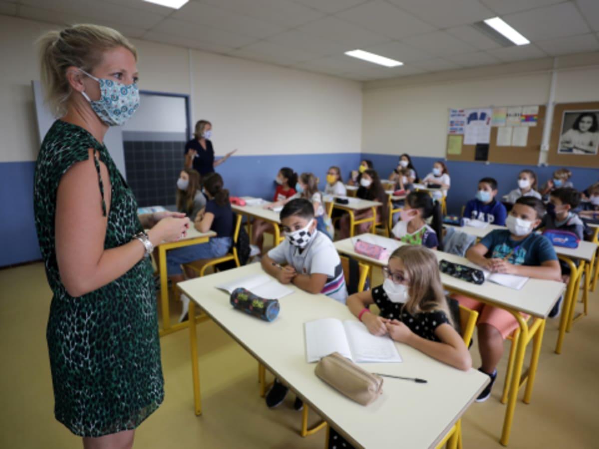 Felelős szülők a gyermekek kötelező iskolai maszkviselése ellen