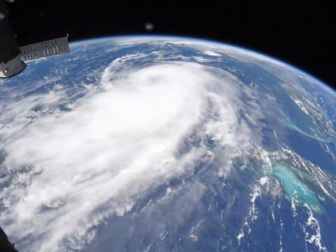 Radikális üzenet az űrből a szörnyvihar fejlődéséről   ClimeNews