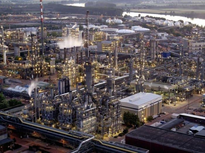 Legyen lehetőség a kockázatból   ClimeNews   BASF - Ludwigshafen - DPA