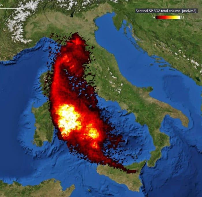 Hatalmas kénfelhő érkezik az Etna felől   ClimeNews - Hírportál
