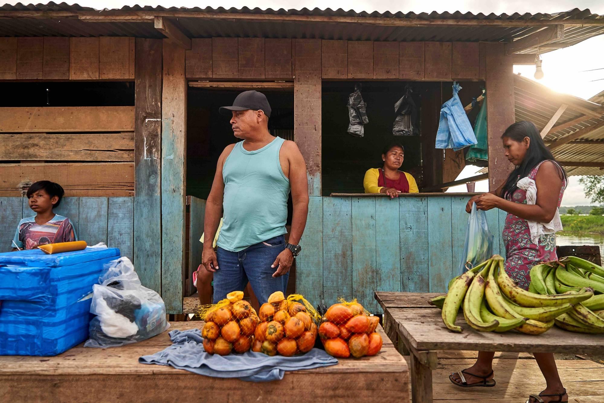 Plaza de mercado de la comunidad de Umariaçu 2