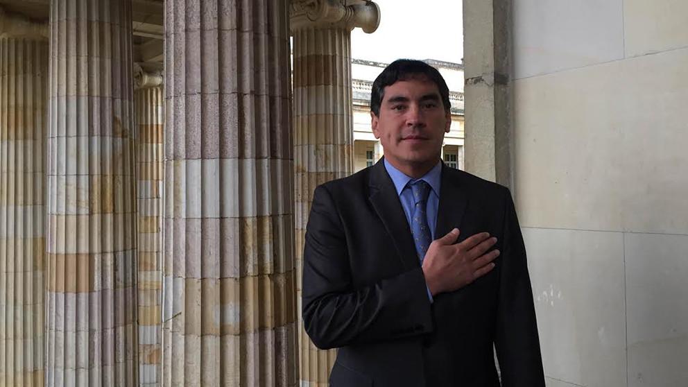 ¿Quién es Álvaro Hernán Prada Artunduaga?