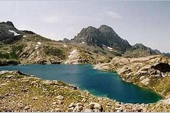 Lurien et lac d'Arrémoulit, Parc National, Béarn, depuis la montée au col d'Arrémoulit