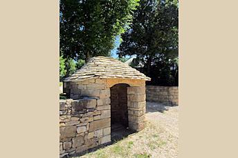 Cazelle près de Souyri en Aveyron