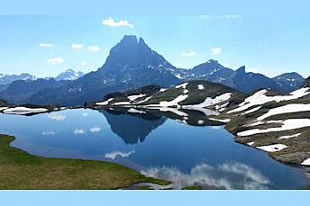 Le lac Gentau depuis le refuge