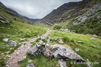Le sentier qui nous mène à Lost Valley