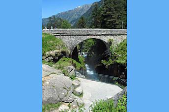 Pont d'Espagne dans les Hautes-Pyrénées