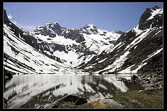 Lac d'Estom en  2006