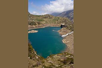 Lac des Gloriettes depuis un promontoire