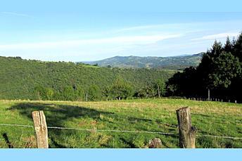 Paysage au dessus d'Espalion, vallée du Lot