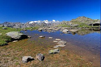 Un des lacs des Gardioles