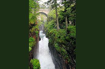 Pont d'Espagne dans les Pyrénées