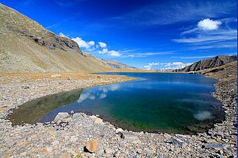 Lac Faravel dans les Alpes