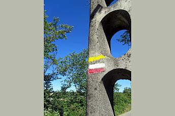 GR à côté de Souyri en Aveyron