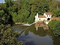Le Sentier des Crêtes: entre vignobles Gaillacois, Val d'Adou et Bastides