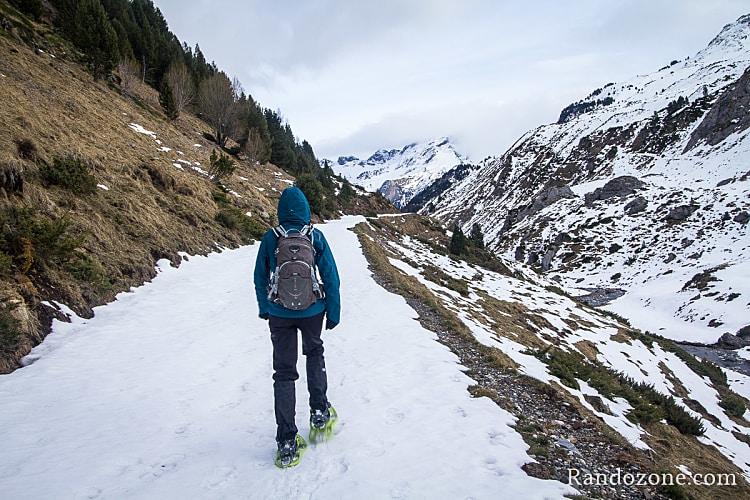 Raquettes à neige dans les Pyrénées