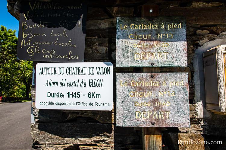 Panneaux au départ de la randonnée