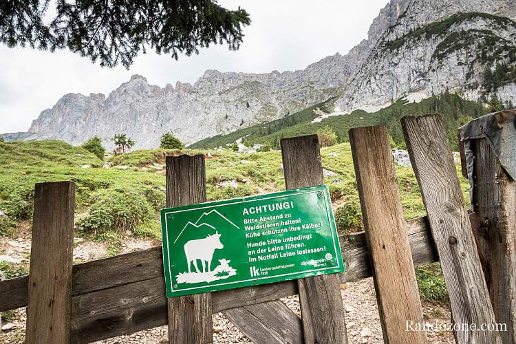 Randonnée au Gehrenspitze : panneau à la sortie de la forêt