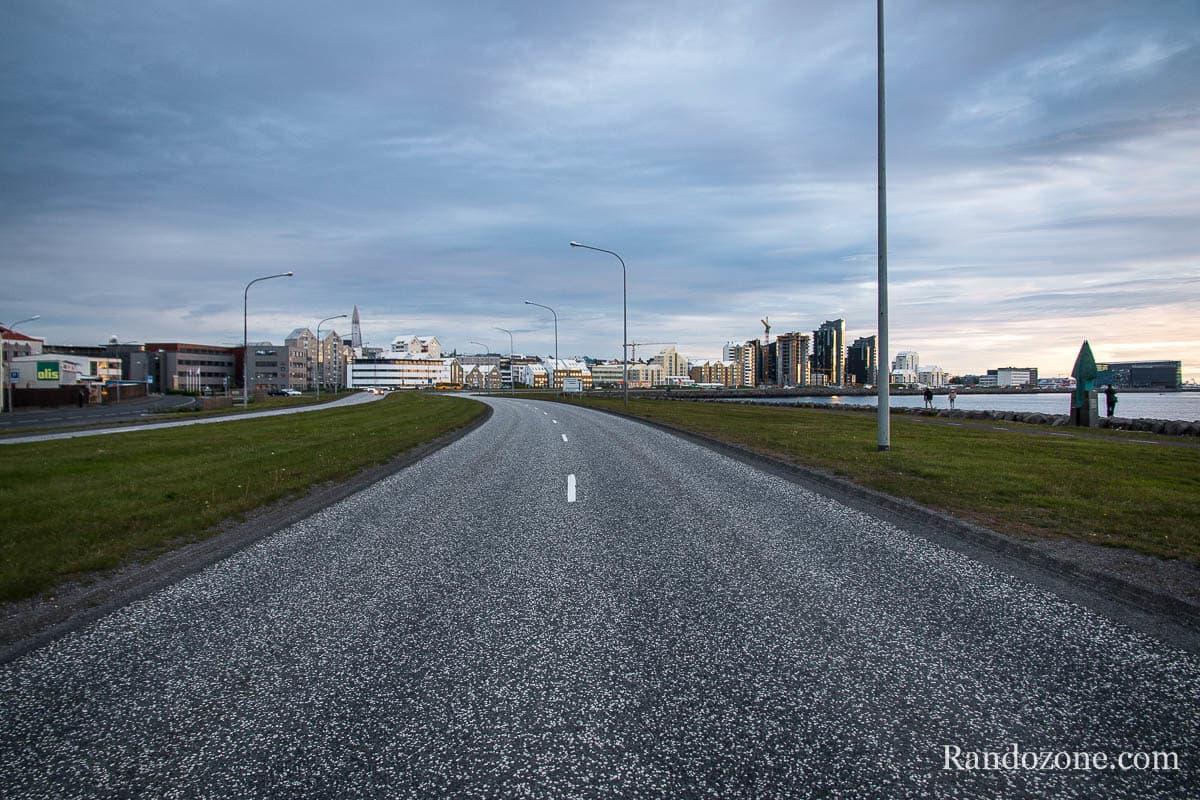 Route dans le centre de Reykjavik